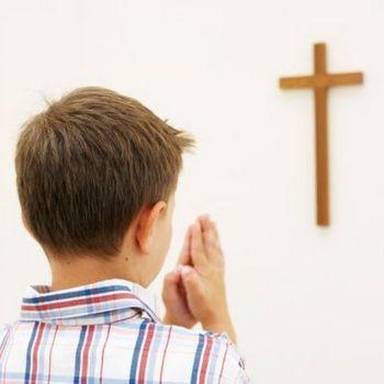 Boy+praying