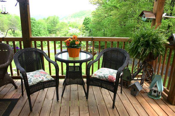 Outdoor Weds porch tableIMG_1657