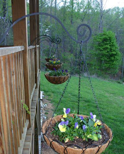 Outdoor Weds hangin baskets