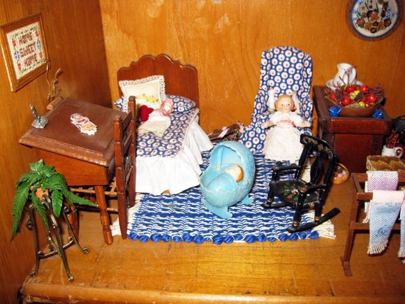 Blue dollhouse 1