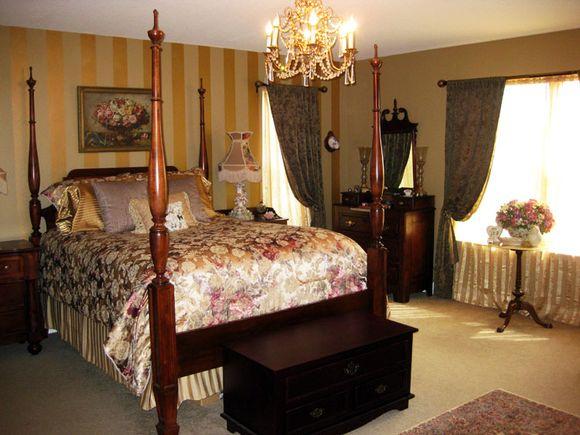Cotttage bedroom