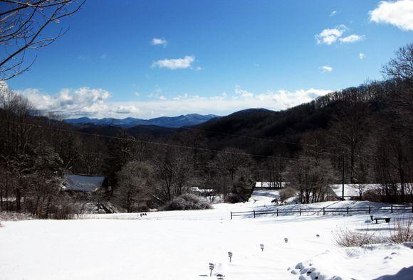 Snow scene with sun weds