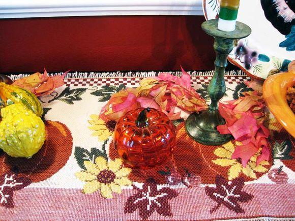 Buffet pumpkin paper weight