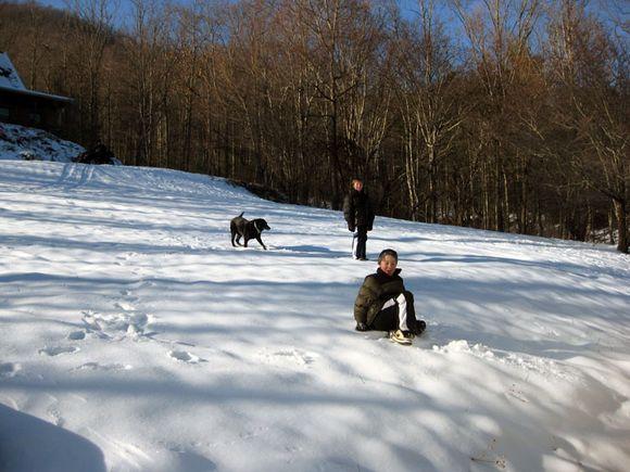 Blue snow twins and Sasha