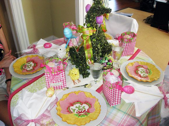 Pink party tablescape
