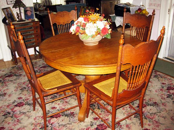 Aunt shirley's dining room