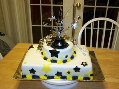 Fondant-graduation-cake-21127881