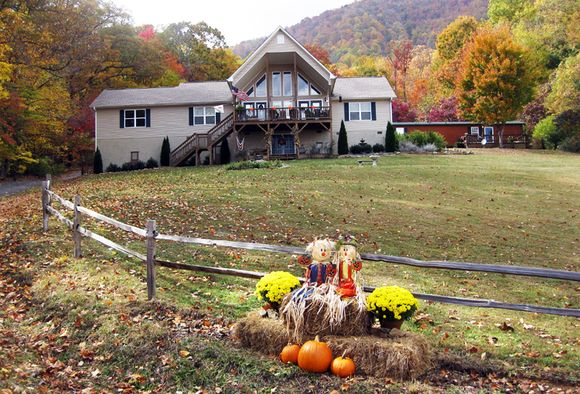 Camera club front yard view house