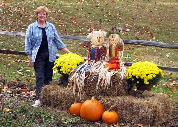 Camera club jeanne with pumpkins