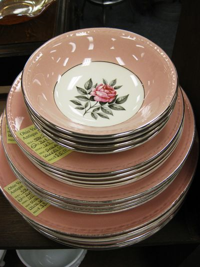 Pink 25 rose dishes