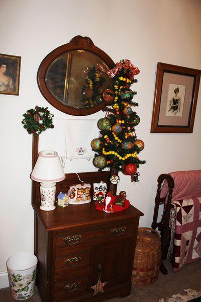 Xmas tree guestroom