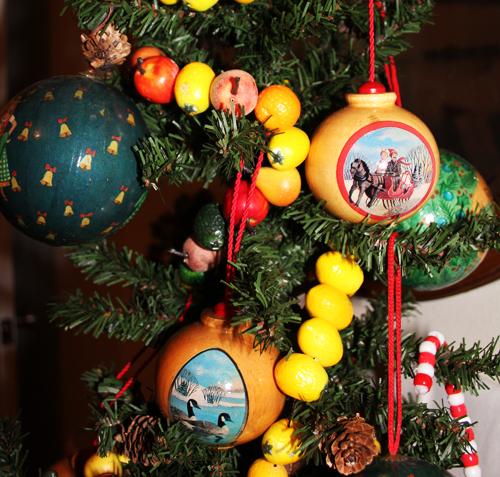 Xmas tree woden ornaments 2