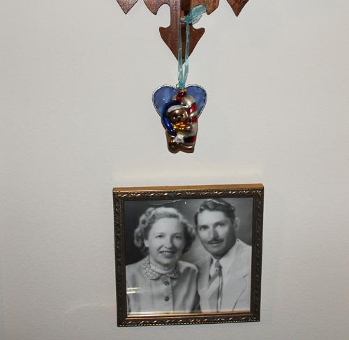 Xmas ornament mom and dad