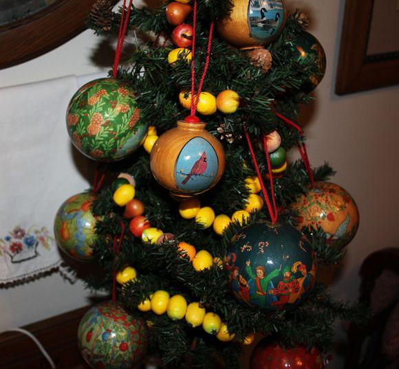 Xmas wooden ornaments