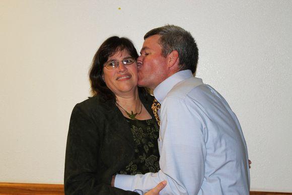 Diana and Robert the kiss