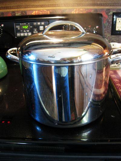 Tablescape big pot