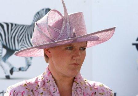 3939346905-horse-racing-investec-derby-festival-ladies-day-epsom-racecourse