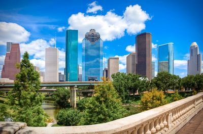 Hdr-downtown-houston-texas-day-cityscape-588x389