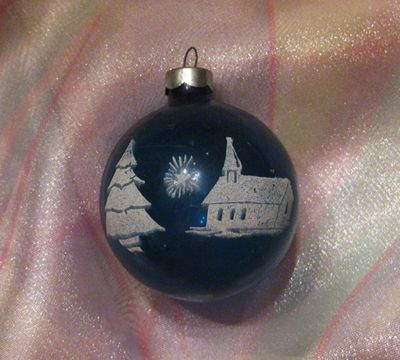 Vintage moms ornaments blue w church
