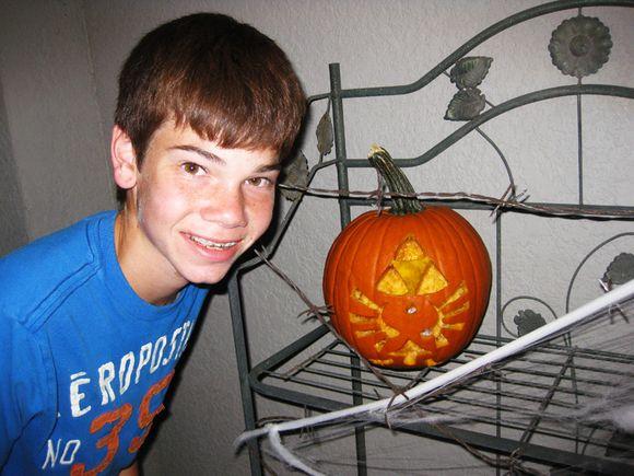 Logan w pumpkin
