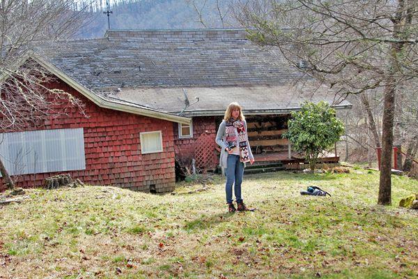 Ashlet cabin