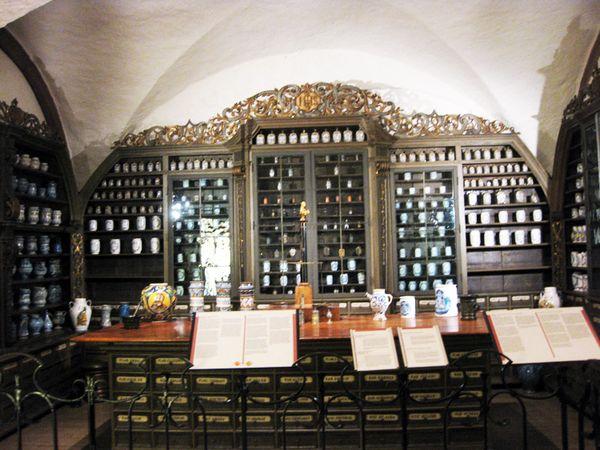Pharmacy cabinet 3