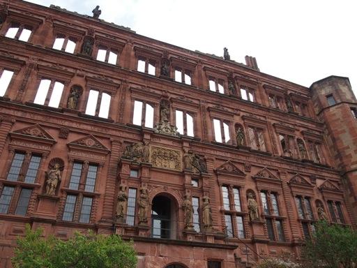 Heidelberg_castle_renaissance_facade