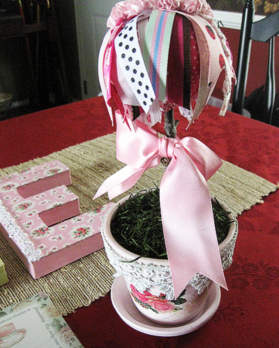 Giveaway topiary tree in pink