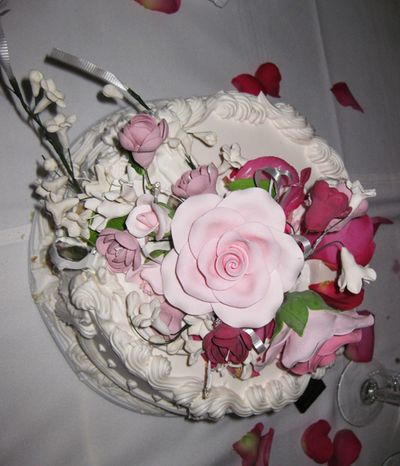 Pink wedding cake top