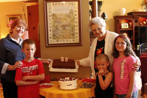 80th birthday Pat and family