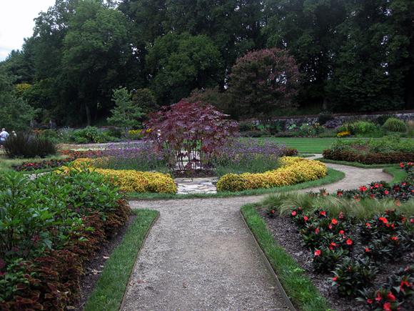 Gardens b 9
