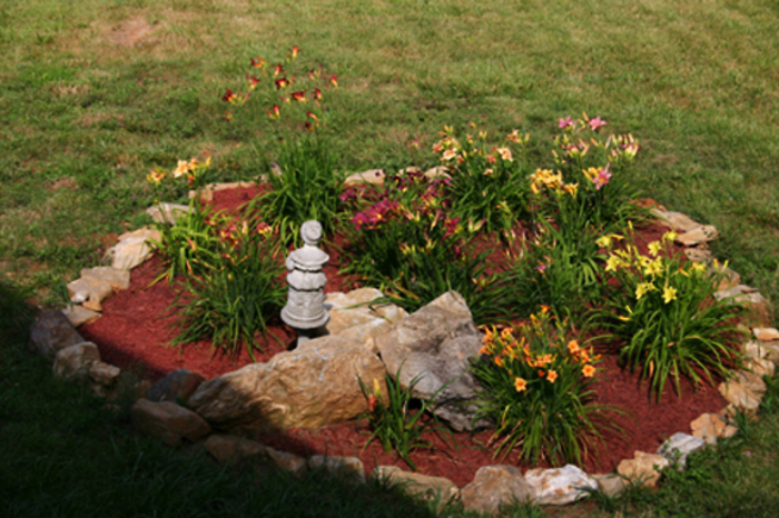 Lily_garden_from_deck 2008 2jpg
