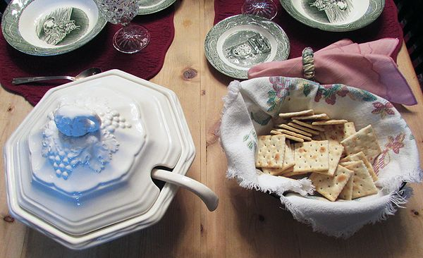 Homemade soup tureen crackers