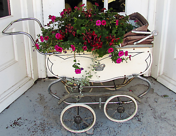 Baby buggy w flowers
