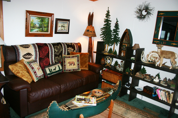 Cabin_livingroom_2