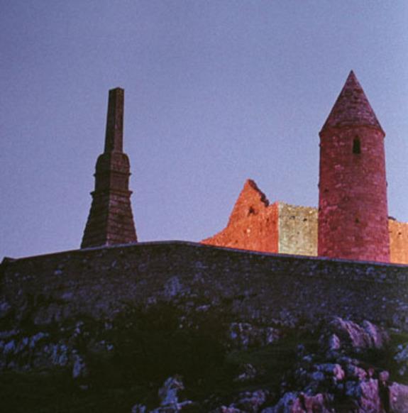 Castle_taken_at_night